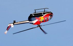 Helikopter aerobatics op Aviation Nation